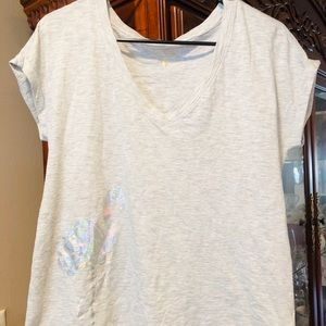 Lilly Pulitzer Silver Flamingo T-Shirt GUC NWOT